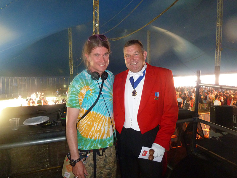 Peter Tautz Toastmaster with DJ Rob Da Bank