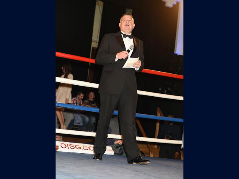 Peter Tautz MC at boxing match